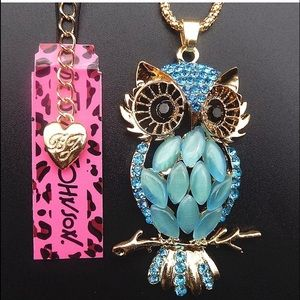 Betsey Johnson Green Owl Necklace